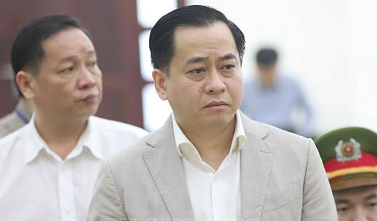 Phan Văn Anh Vũ tại toà hôm nay. Ảnh: TTXVN.