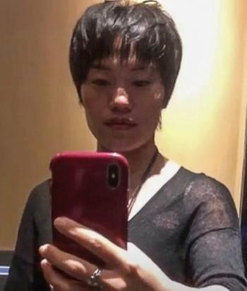 Zou Yue sở hữu trang blog có hơn 1.5 triệu người theo dõi, chia sẻ phương pháp nuôi dạy con cái. Ảnh: Handout.