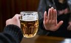 Người bản lĩnh không bao giờ để bị ép uống rượu bia