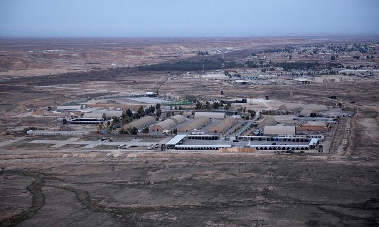Căn cứ al-Asad ở tỉnh Anbar, phía tây Iraq, hồi tháng trước. Ảnh: AP.