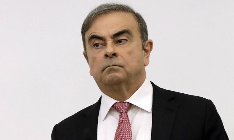 Cựu chủ tịch Nissan Carlos Ghosn tại cuộc họp báo ở thủ đô Beirut, Lebanon hôm nay. Ảnh: AFP.