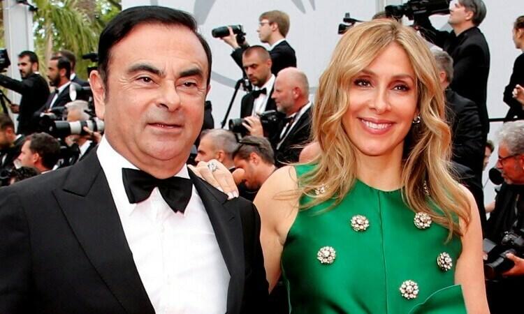 Cựu chủ tịch Nissan Carlos Ghosn và vợ Carole tại Liên hoan phim Cannes ở Pháp năm 2017. Ảnh: Reuters.
