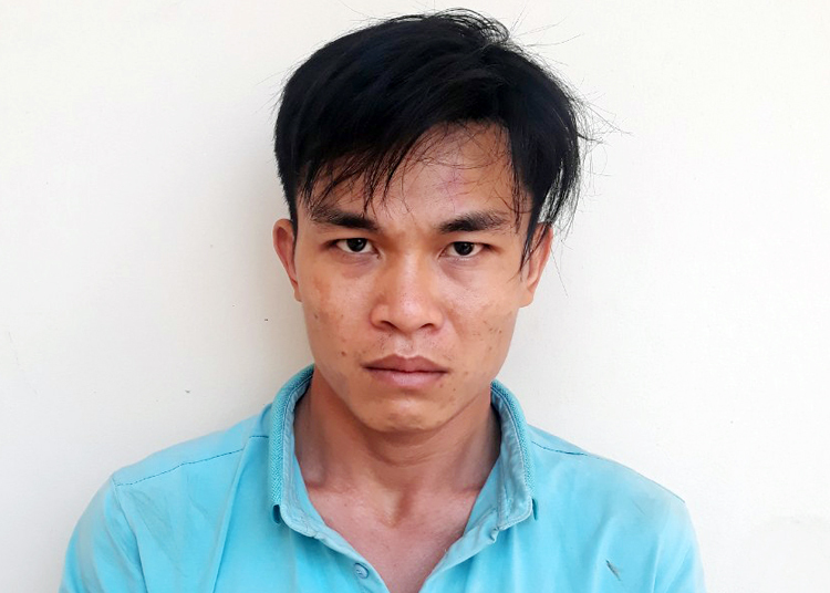 Nguyễn Chí Tâm tại cơ quan công an. Ảnh: Công an Trà Vinh cung cấp.