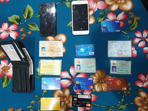 Đường dây mua bán phần mềm gián điệp điện thoại - ảnh 2