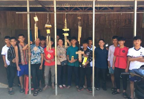 Lớp học được triển khai theo phương pháp STEM tại mái ấm Phanxico, Pleiku.