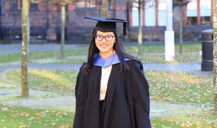 Hồng Minh trong ngày tốt nghiệp Đại học Liverpool, Anh. Ảnh: Nhân vật cung cấp.