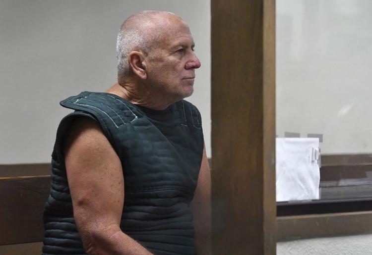 Bị bắt vì ADN của con trai - ảnh 1