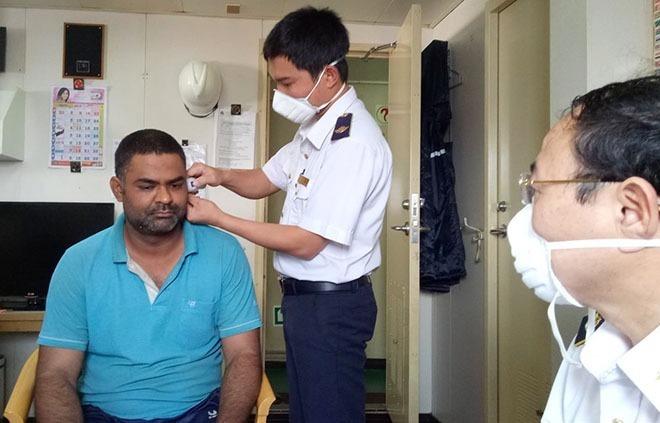Việt Nam lập đội phản ứng nhanh chống dịch viêm phổi Vũ Hán -