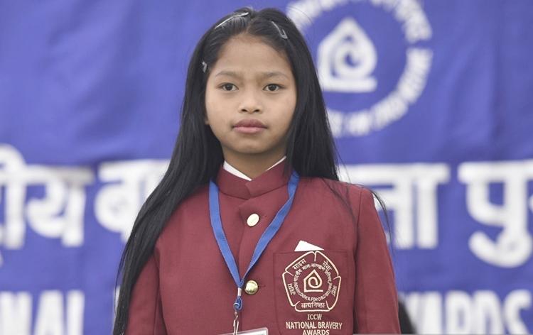 Carolyn Malsawmtluangi trong ngày nhận giải thưởng Bravery của Chính phủ Ấn Độ. Ảnh: Reuters