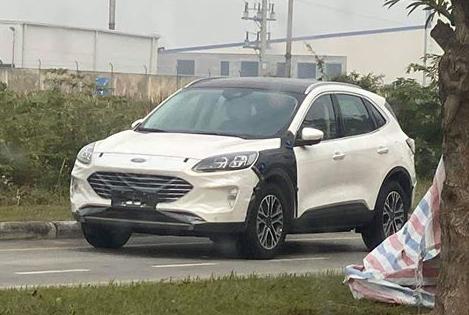 Những mẫu ôtô kỳ vọng hâm nóng thị trường Việt 2020