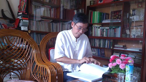Nhà văn Hà Lâm Kỳ.