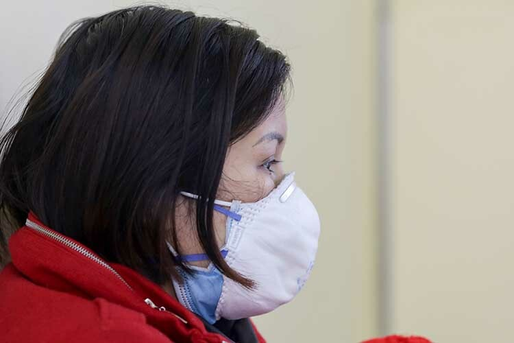 Chị Phương, 40 tuổi (Tam Đảo, Vĩnh Phúc), một trong 8 công nhân trở về từ Vũ Hán. Ảnh: Tất Định.