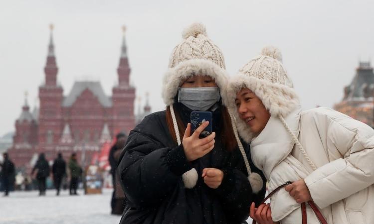 Thành phố Nga yêu cầu dân đeo khẩu trang - ảnh 1