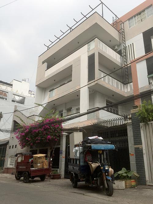 Căn nhà nơi xảy ra vụ rơi thang máy. Ảnh: Quốc Thắng,