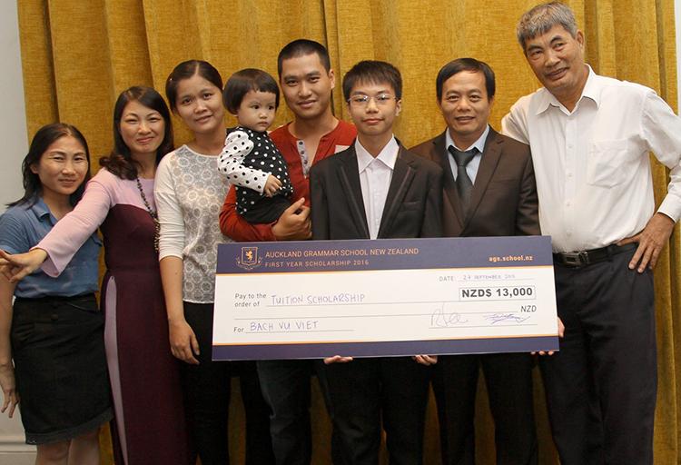 Nam sinh 10X giành giải vàng phát minh công nghệ quốc tế - ảnh 2
