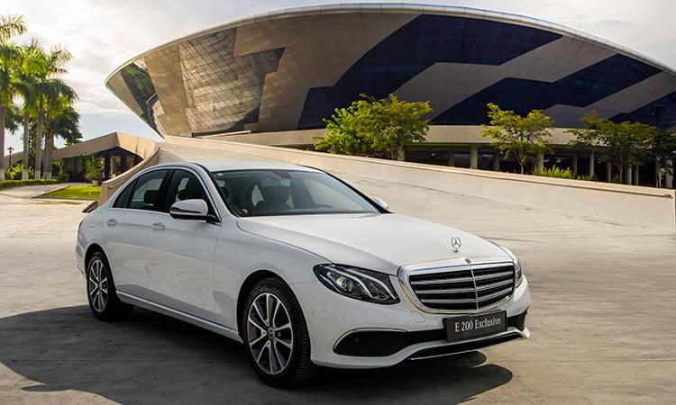Mercedes E 200 Exclusive 2020 thay thế E 200 Sport. Ảnh: Mercedes.