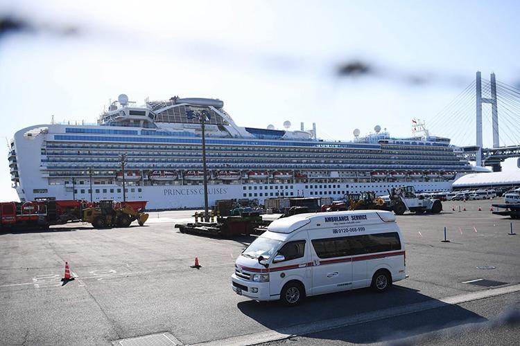 Ác mộng trên du thuyền nhiễm virus corona