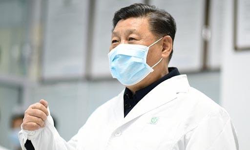 Chủ tịch Trung Quốc Tập Cận Bình thị tại bệnh viện ở thủ đô Bắc Kinh hôm 10/2.