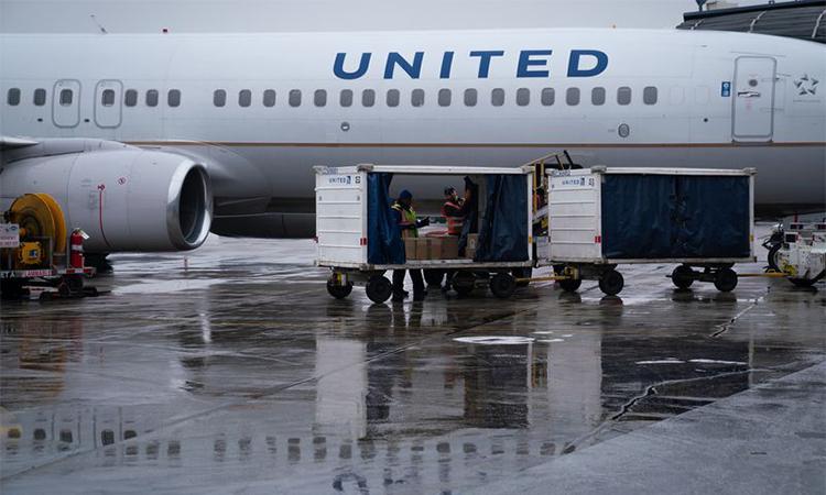 Một máy bay của United Airlines ở sân bay quốc tế OHare, Chicago, bang Illinois, Mỹ hôm 15/1. Ảnh: Chicago Tribune.