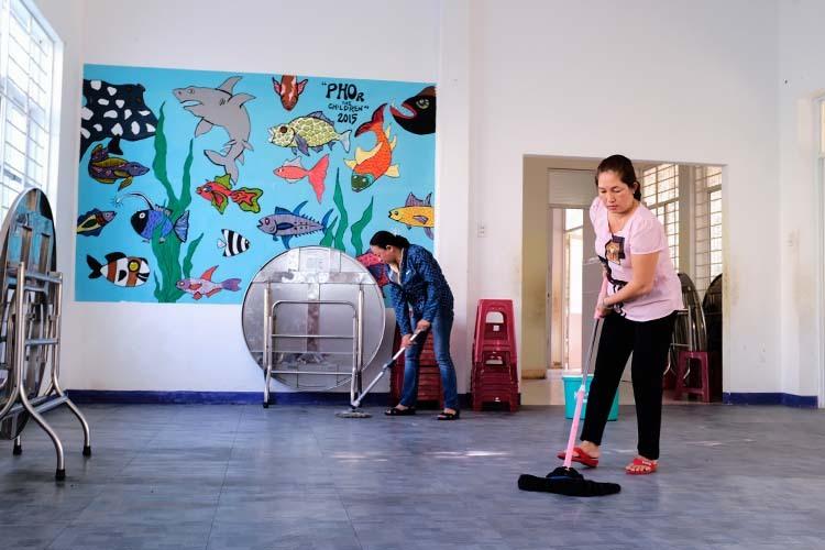 Trung tâm nuôi dạy trẻ mồ côi cho trẻ về nhà để chống dịch - ảnh 2