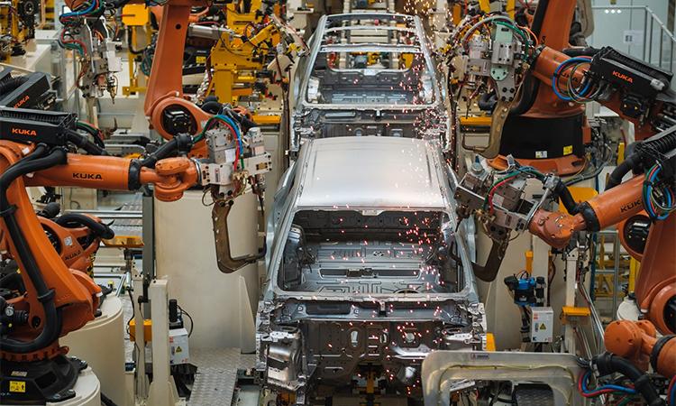 Một nhà máy sản xuất ôtô ở Trung Quốc. Ảnh: Carscoops.