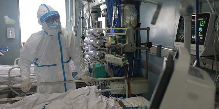 dical worker is seen at the intensive care unit of Jinyintan hospital in Wuhan, Hubei province. China Daily/Reuters