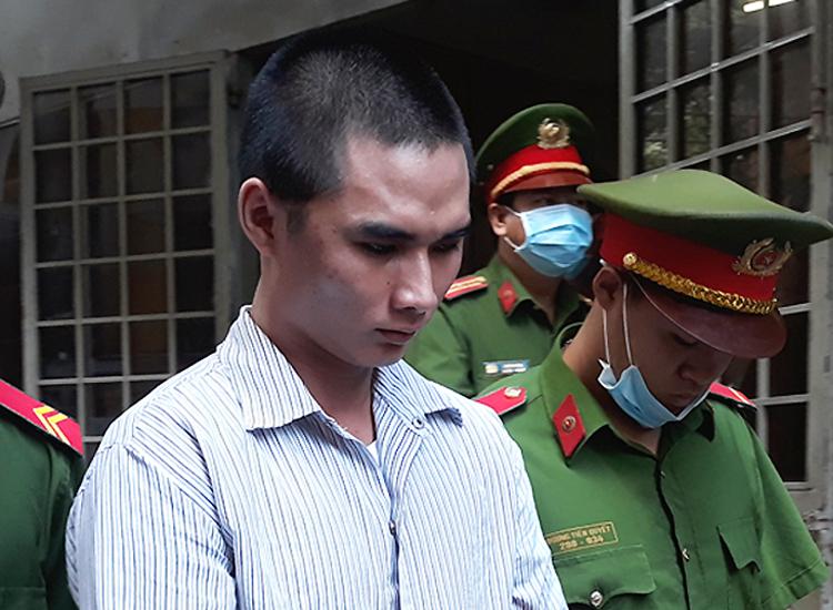 Bị cáo Hồ sau phiên tòa. Ảnh: Bình Nguyên.