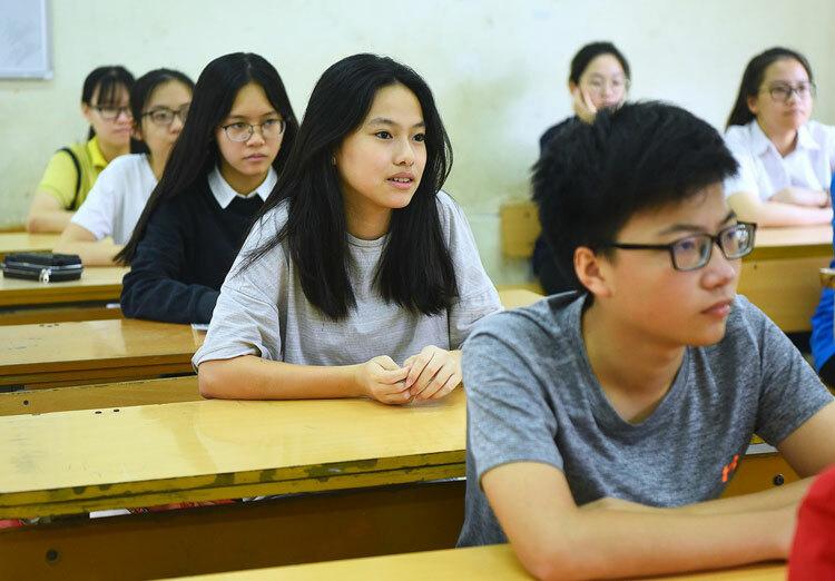 Thí sinh Hà Nội thi vào lớp 10 năm 2019-2020. Ảnh: Giang Huy