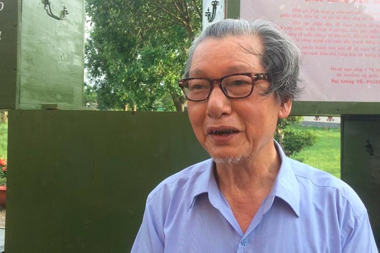 Ông Trương Sỹ Tiến, nguyên Phó chủ tịch UBND tỉnh Quảng Trị cho biết tỉnh này đã xuất 50 triệu đồng để dành một phần khen thưởng cho người đàn ông tìm thấy chiếc trống.Ảnh: Hoàng Táo