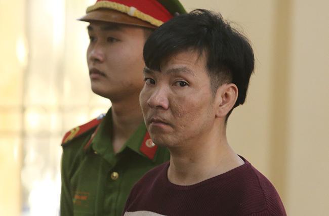 Nguyễn Ngọc Trung tại phiên tòa sơ thẩm chiều 24/2. Ảnh: Đắc Thành.