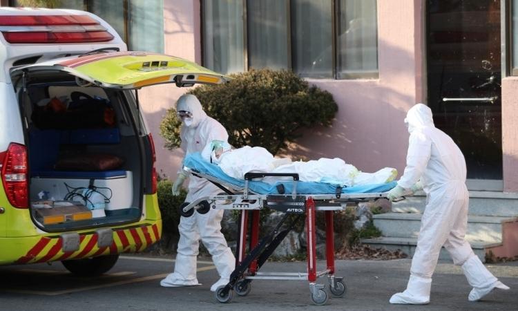 Hàn Quốc chuyển ca nhiễm nCoV nặng đến Seoul - ảnh 1