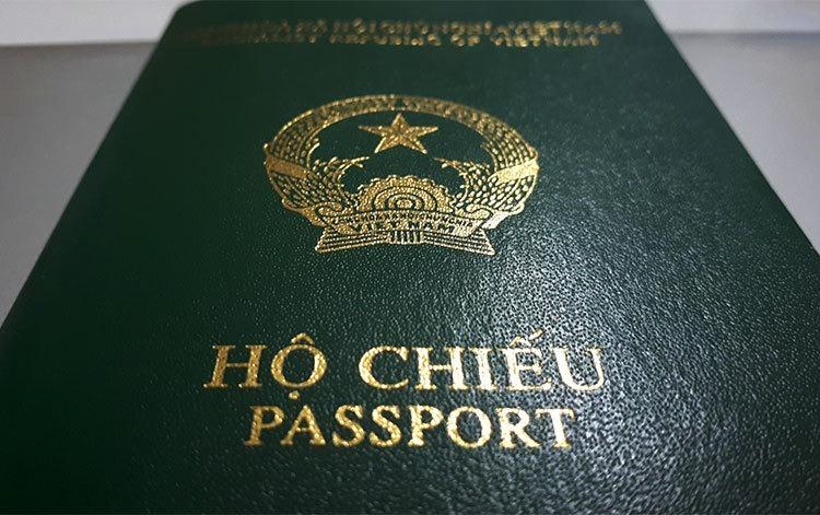 Hộ chiếu của công dân Việt Nam ghi thông tin Quốc tịch. Ảnh: Phương Sơn