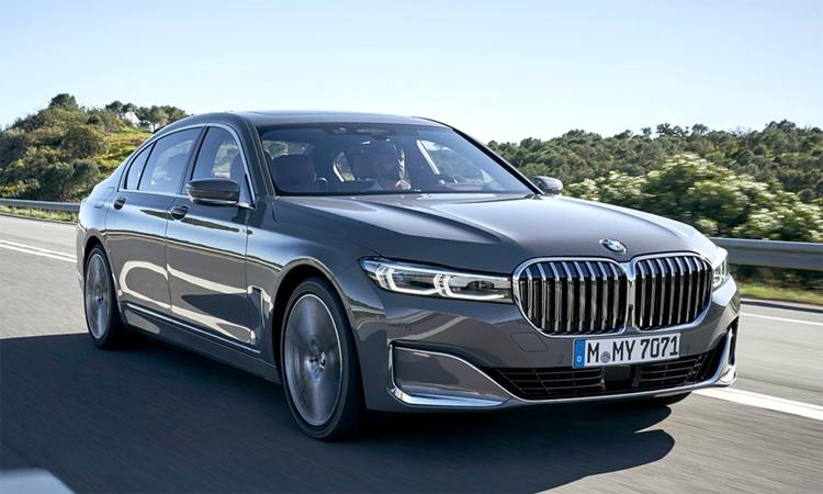 Series 7 - vua mất giá sau một năm sử dụng. Ảnh: BMW