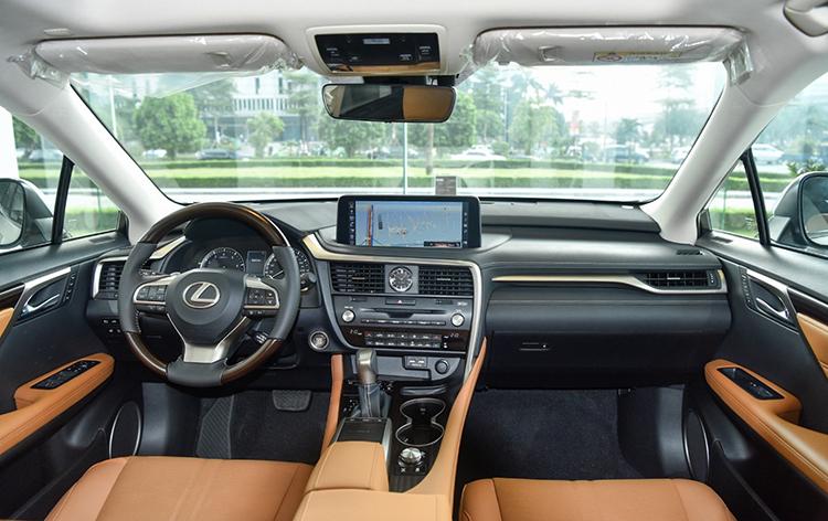 Nội thất Lexus RX 2020.