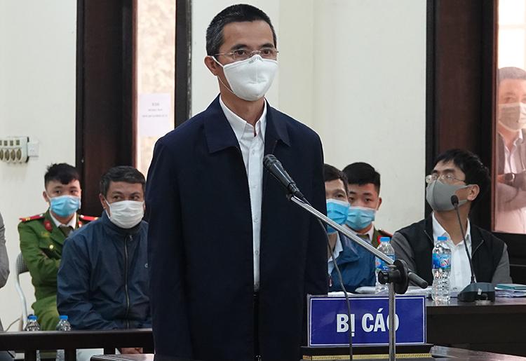 Ông Đặng Anh Tuấn trong phiên tòa ngày 12/3. Ảnh: Thu Hương.