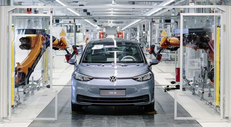 ID.3 tại dây chuyền sản xuất ở nhà máy Zwickau, Đức. Ảnh: Volkswagen