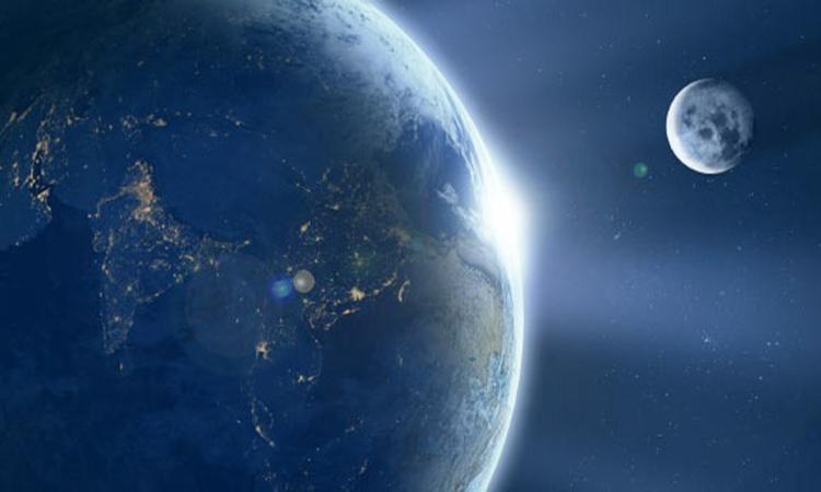 Lực thủy triều gây ra bởi Mặt Trăng ảnh hưởng đến tốc độ quay quanh trục của Trái Đất. Ảnh: Sci-News.