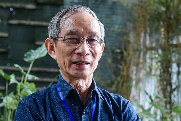 Thầy Nguyễn Xuân Khang, Hiệu trưởng trường Marie Curie. Ảnh: Trang Linh.