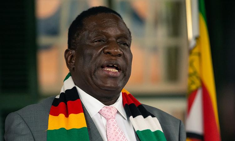 Tổng thống Zimbabwe Emmerson Mnangagwa trong cuộc họp báo ngày 17/3 tại thủ đô Harare. Ảnh: AFP.