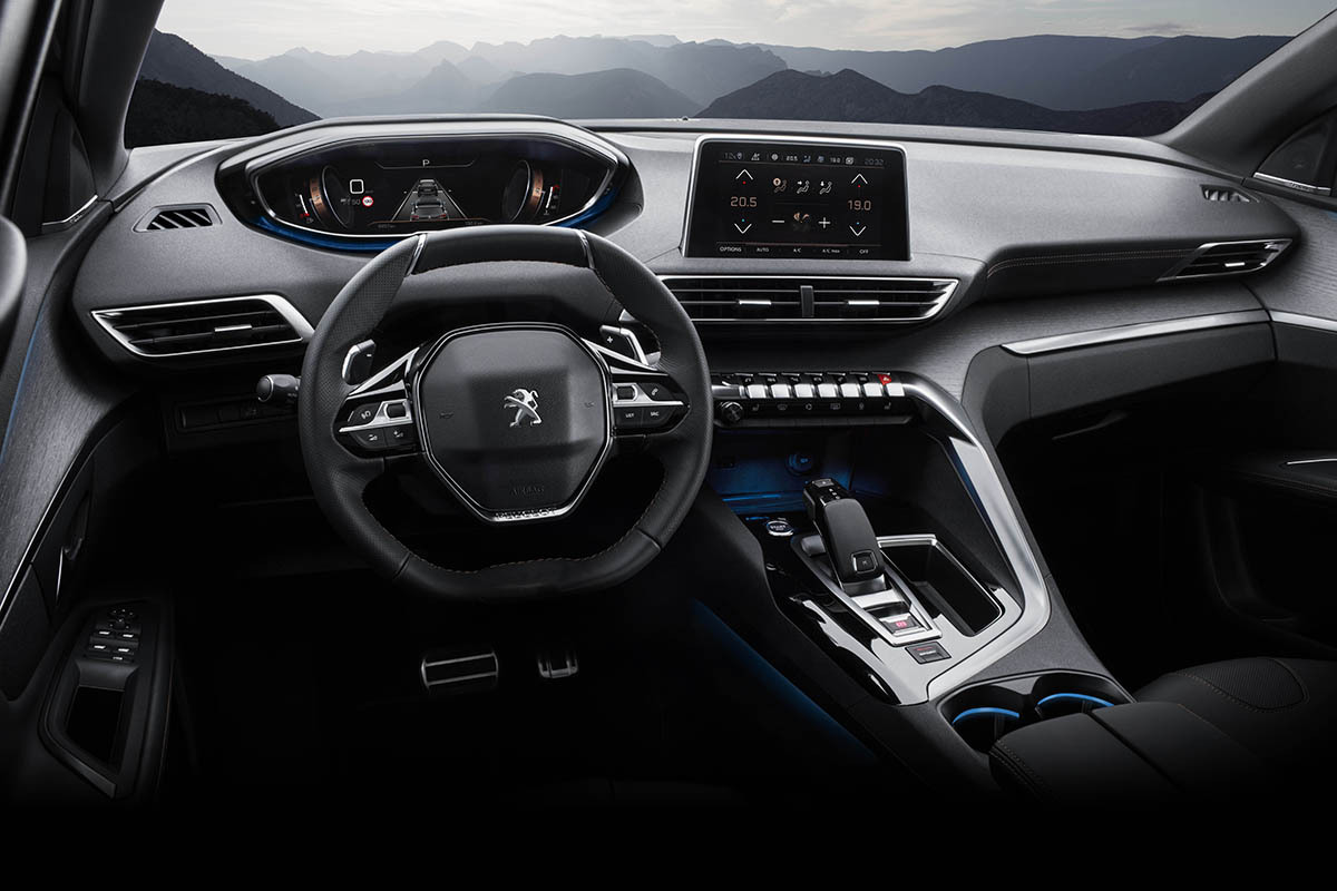 Peugeot 5008 them ban gia thap AT 12 ty dong