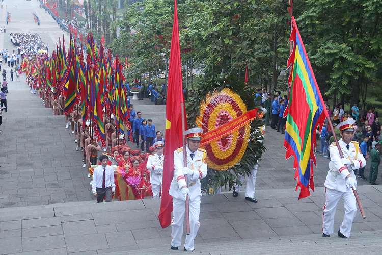 Đoàn rước tại lễ hội đền Hùng năm 2019. Ảnh:Giang Huy