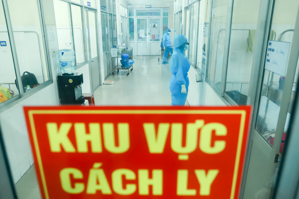 Khu vực cách ly y tế một bệnh viện ở Đà Nẵng tiếp nhận theo dõi bệnh nhân nghi nhiễm Covid-19. Ảnh: Nguyễn Đông.
