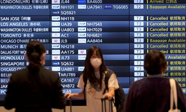 Nhật Bản ghi nhận hơn 2.000 ca nhiễm nCoV - ảnh 1