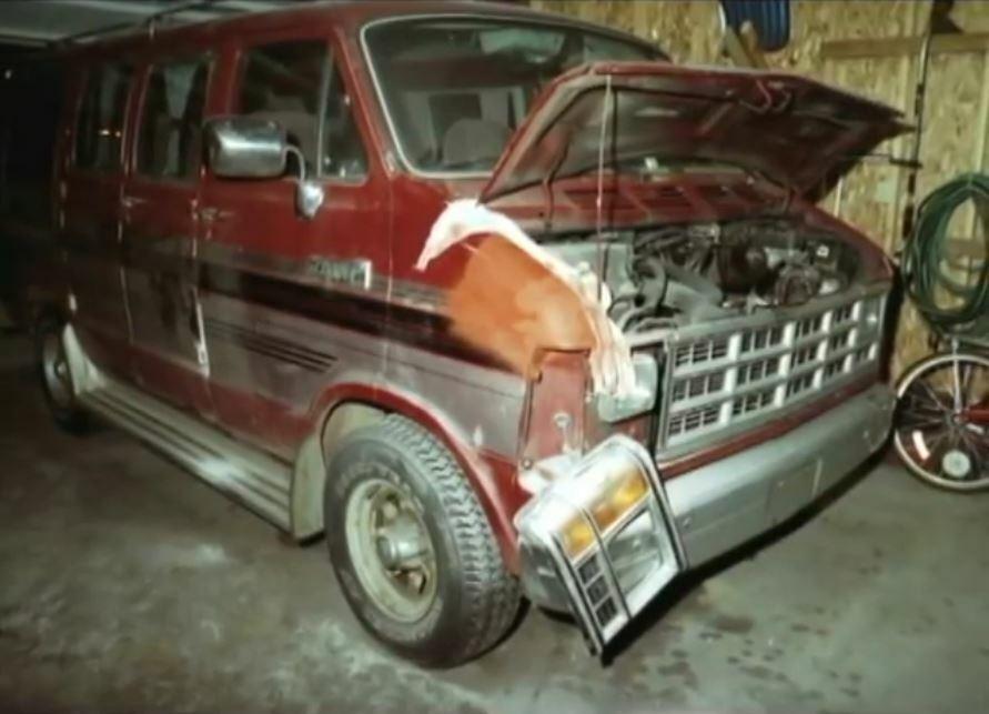 Xe của Northey bị thu giữ để giám định. Ảnh: Filmrise.