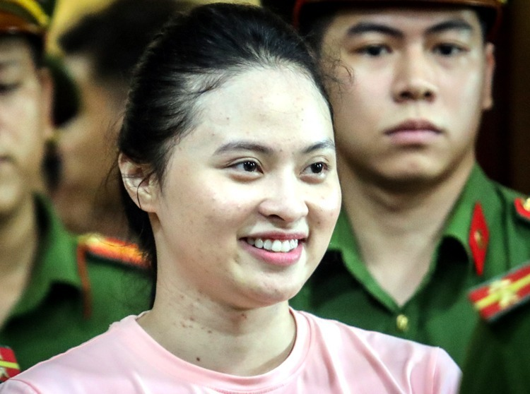 Ngọc Miu trong lần ra tòa hồi năm ngoái. Ảnh: Thành Nguyễn.