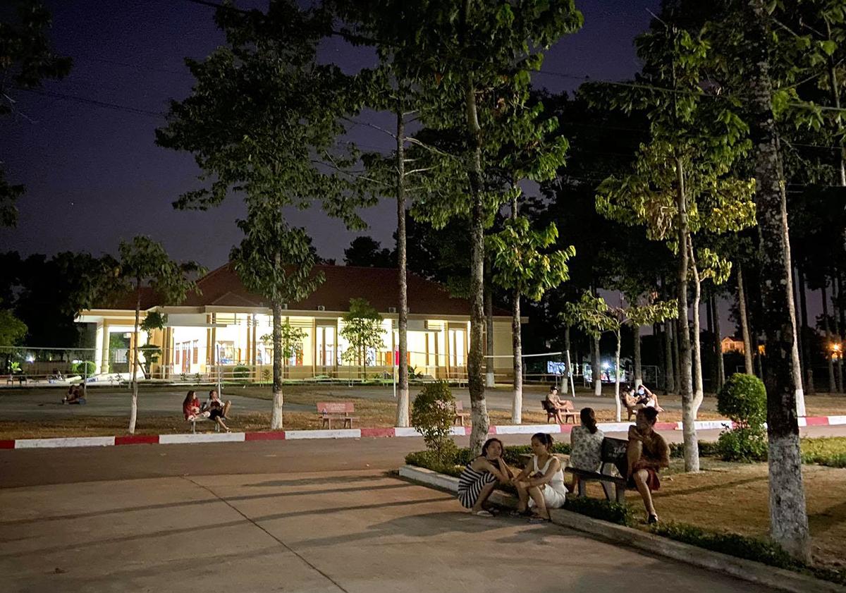 Hơn 200 người cách ly ở Sài Gòn được về nhà -