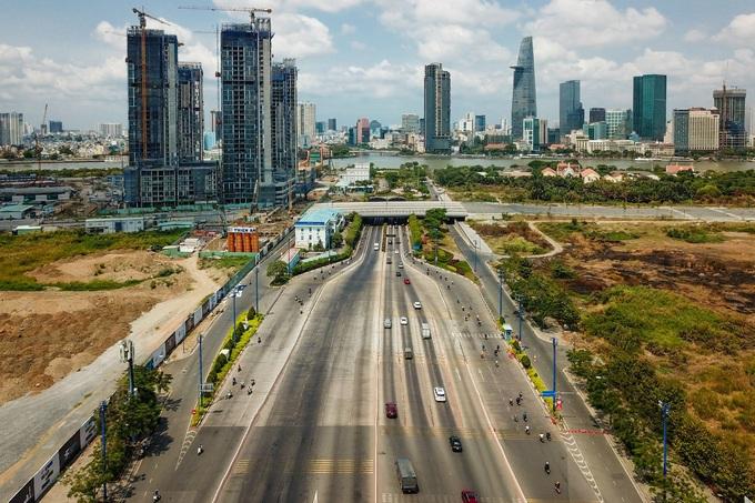 Sài Gòn cả ngày trống vắng - ảnh 1