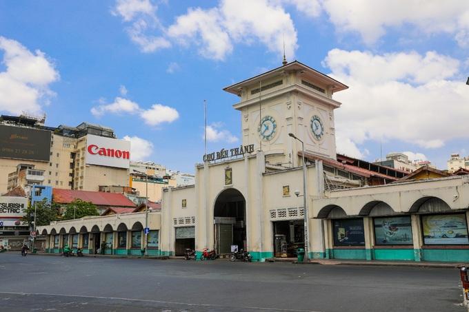 Sài Gòn cả ngày trống vắng - ảnh 11