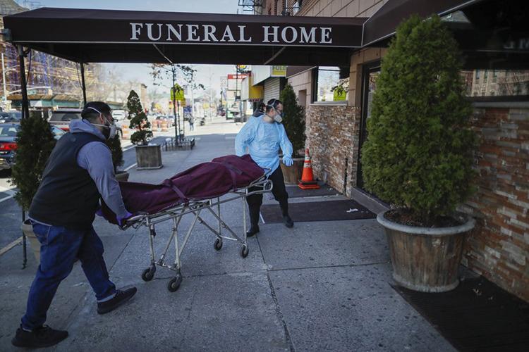 Nhà tang lễ New York cầu cứu - ảnh 2