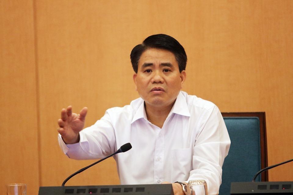 Chủ tịch UBND Hà Nội Nguyễn Đức Chung tại cuộc họp chiều 3/4. Ảnh: Võ Hải.